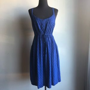 Torrid sz 2 blue floral dress